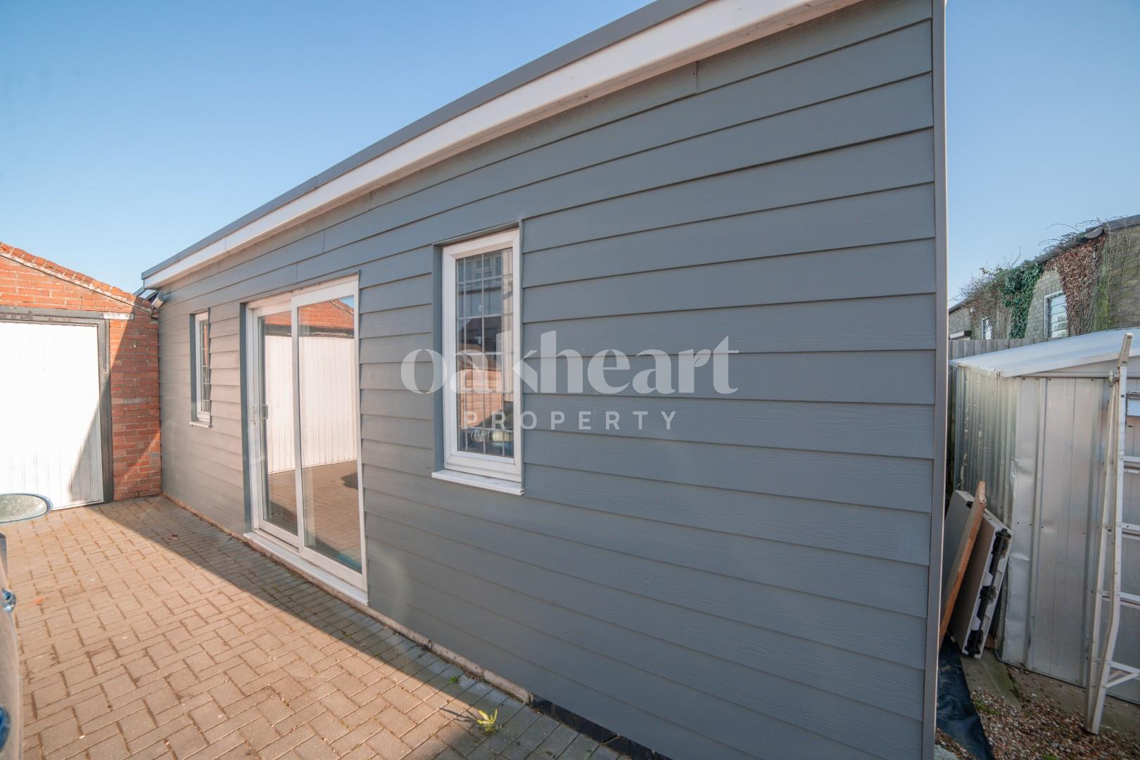 Outbuilding/ Home Office